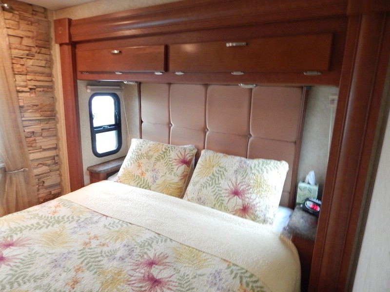 2011 Forest River Georgetown 378TS, PHOTOS, Details